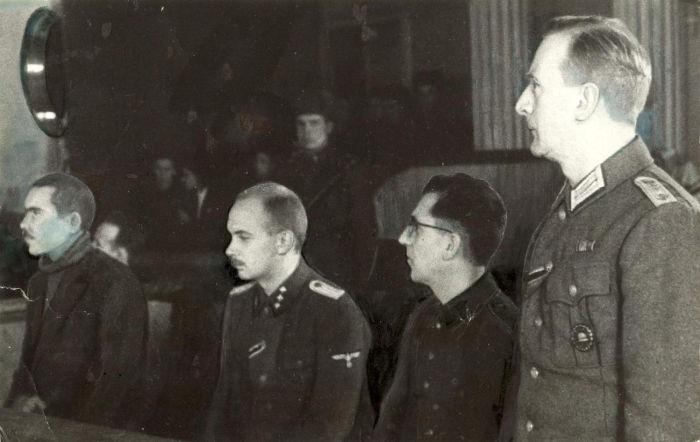 Сборник материалов Чрезвычайной Государственной Комиссии по установлению и расследованию злодеяний немецко-фашистских захватчиков и их сообщников